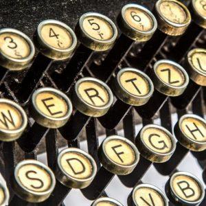 Aktuality - psací stroj